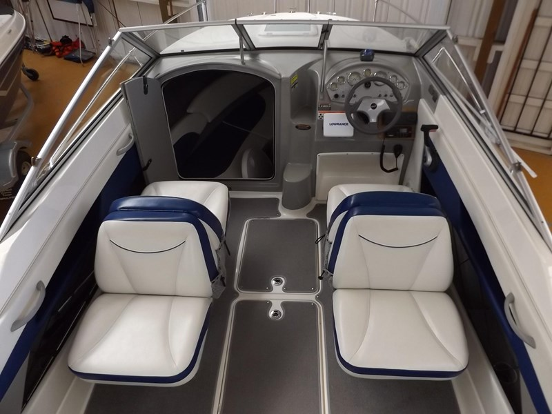 bayliner 192 discovery cuddy cabin 457745 015