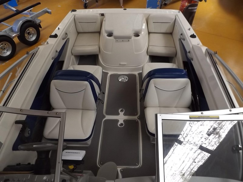 bayliner 192 discovery cuddy cabin 457745 014
