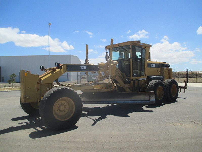 caterpillar 12h series ii (also available for hire) 459135 002