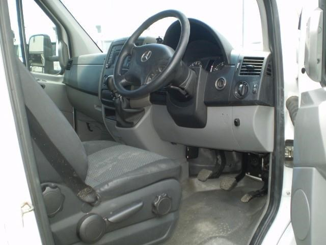 mercedes-benz sprinter 464757 009