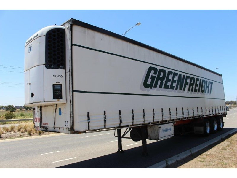 freighter st3 tri axle 22 pallet refrigerated curtainsider 459453 002