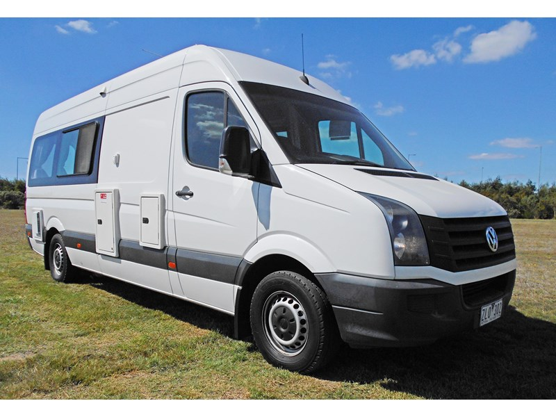 volkswagen crafter 2 berth ultima 463533 001