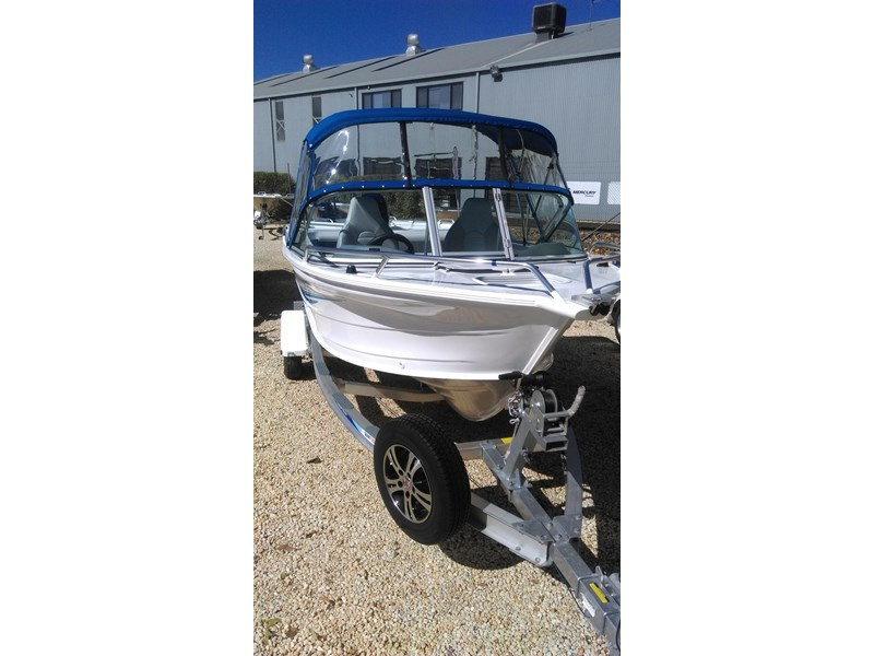 runabout 481 fishabout 475394 004