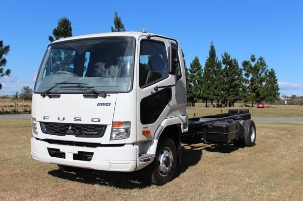 fuso fighter 1024 480338 001