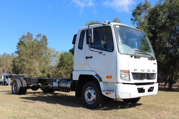 fuso fighter 1024 480338 002