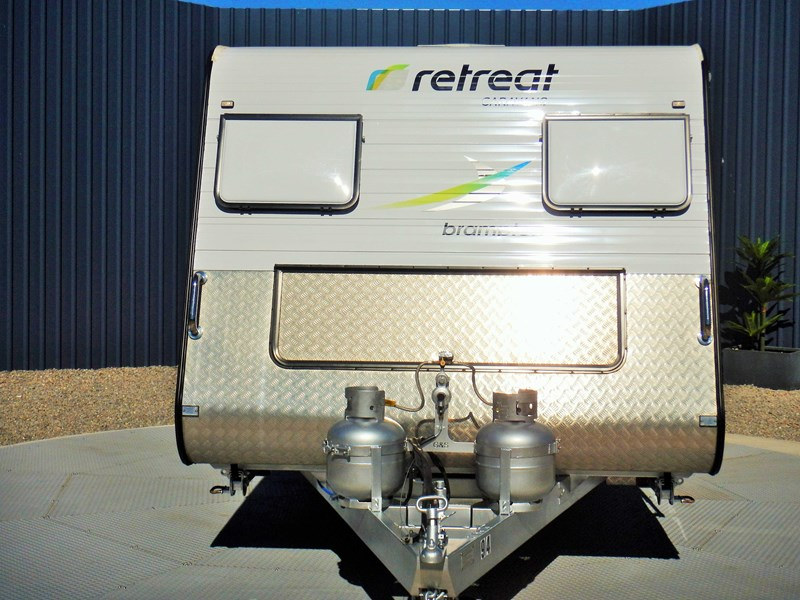 retreat caravans brampton 477818 002