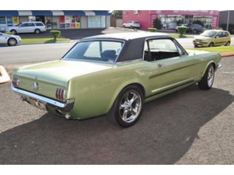 ford mustang 498525 010