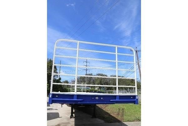 aaa 45' flat deck semi with pins 505232 011