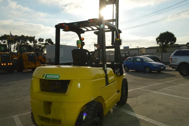 agrison 5 tonne forklift - 3 stage cont. mast - nationwide delivery 505661 009