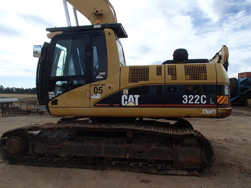 caterpillar 322c long stick 509519 007