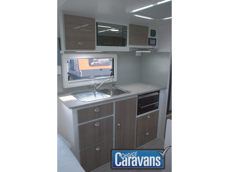 retreat caravans fraser 180c 515705 018