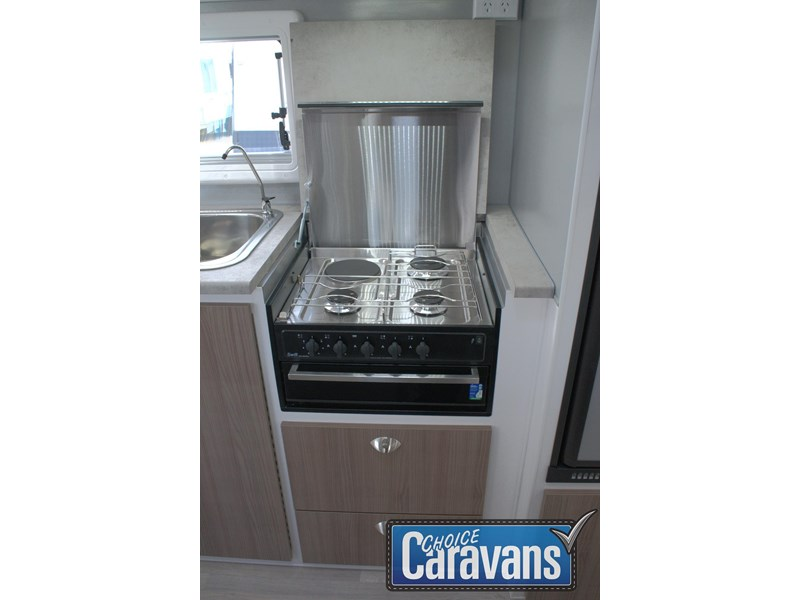 retreat caravans fraser 180c 515705 022