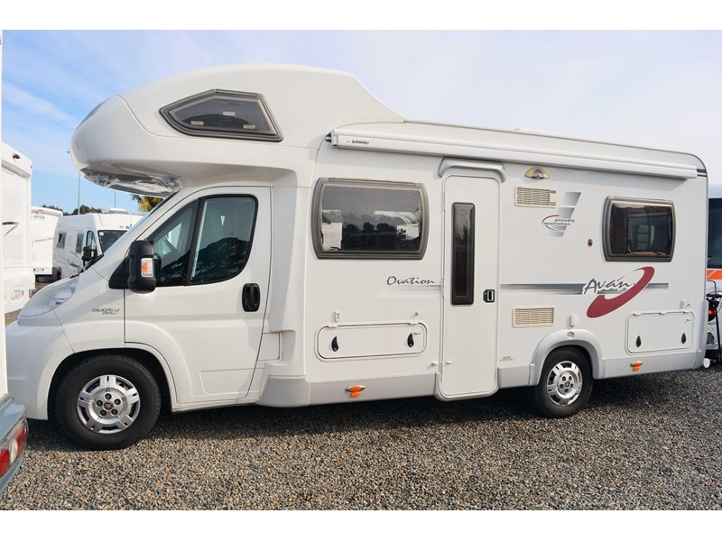 avan ovation 517016 002