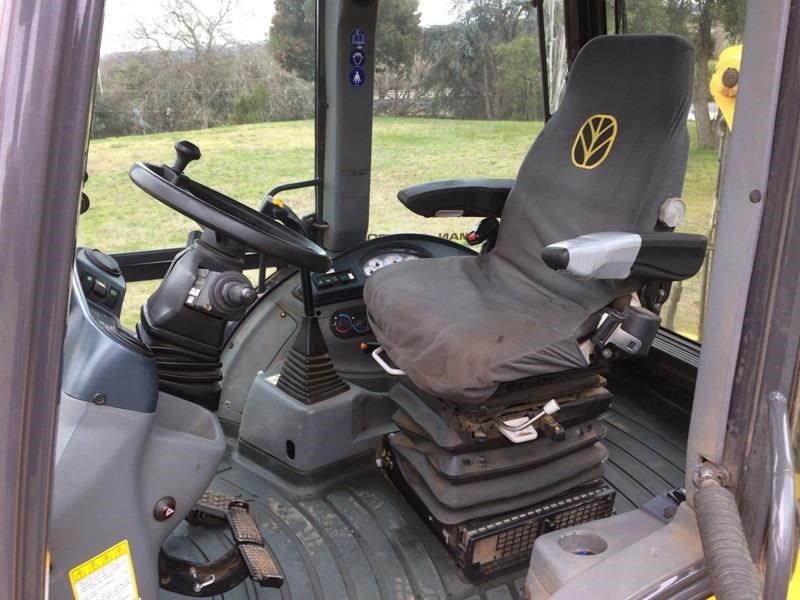 new holland b110b 523317 009