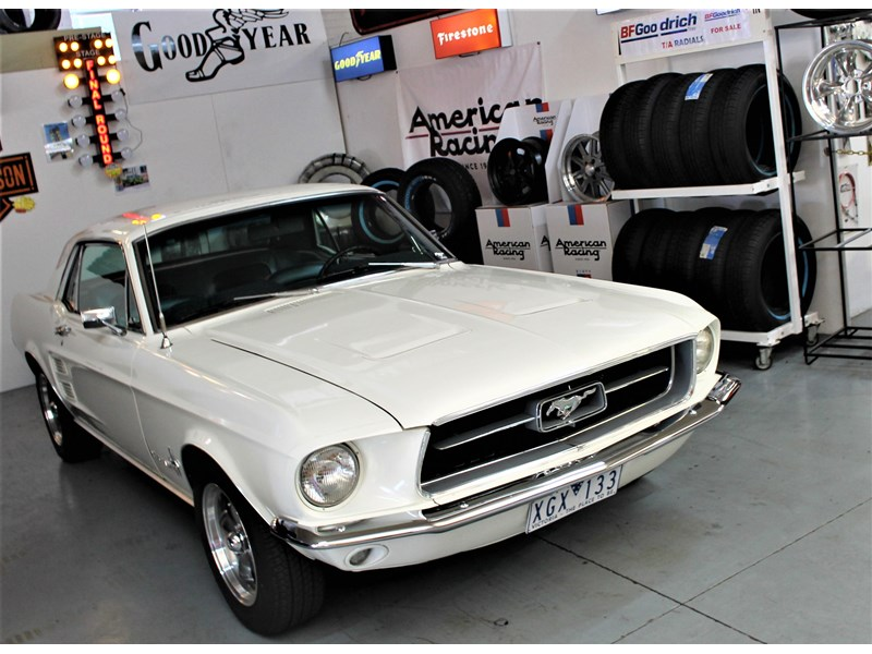 ford mustang 525402 020