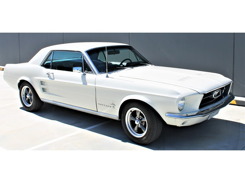 ford mustang 525402 025