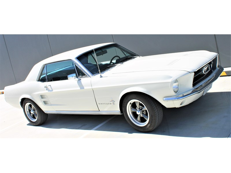 ford mustang 525402 026
