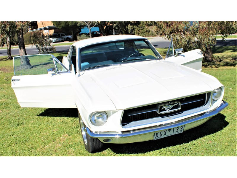 ford mustang 525402 040