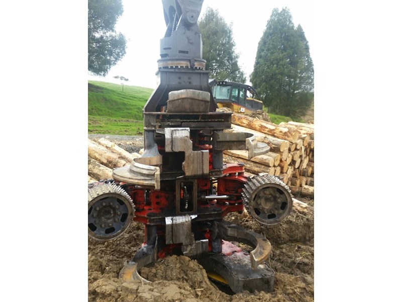 hyundai 320lc-9 logger with woodsman pro800 processor 525741 004