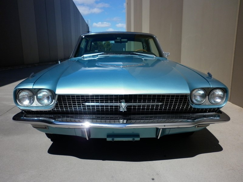 ford thunderbird 431219 002