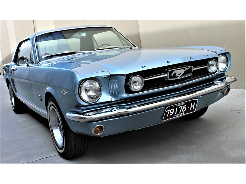 ford mustang 529008 011