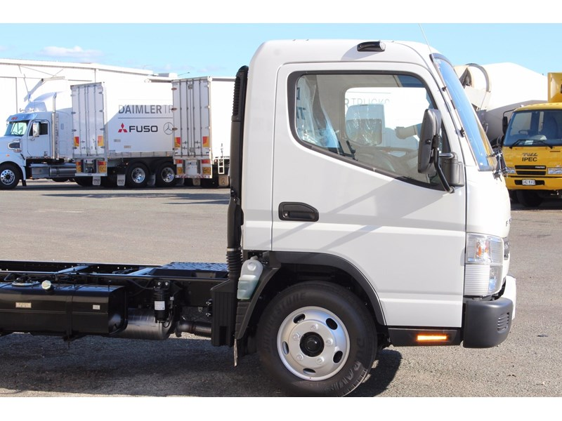 fuso canter 515 wide 531458 005