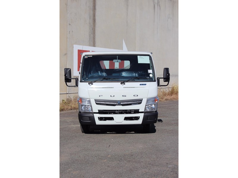 fuso canter 515 wide 531458 002