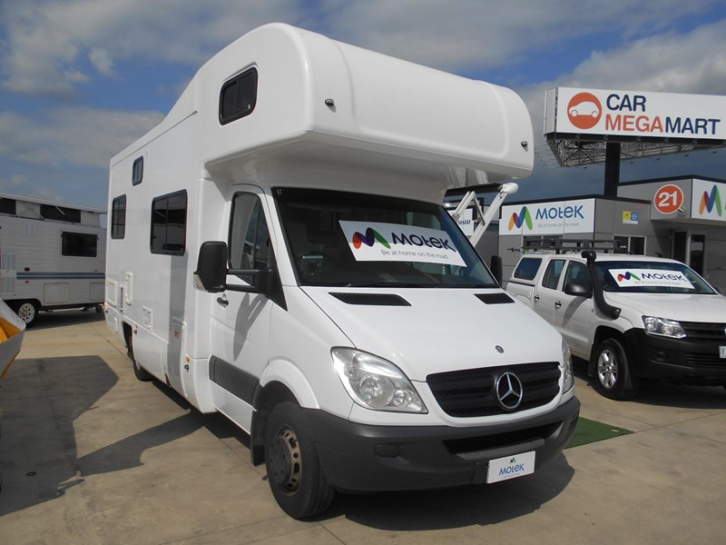 mercedes-benz sprinter 6 berth lake 532902 029
