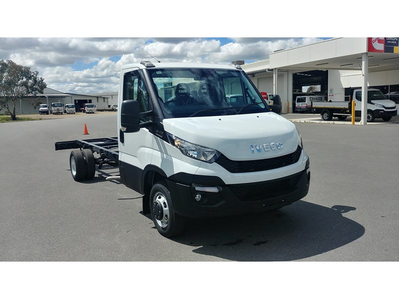 iveco daily 45c17a8 533527 001