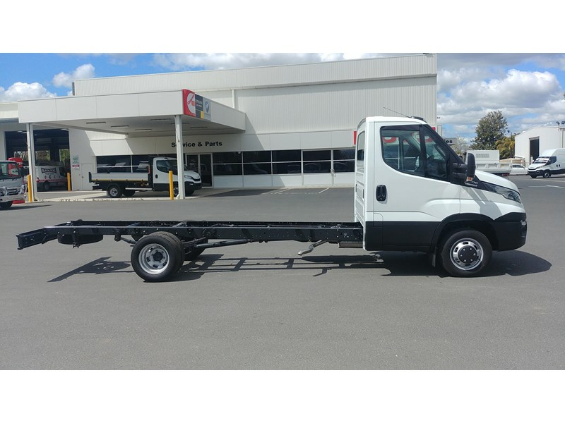 iveco daily 45c17a8 533527 003