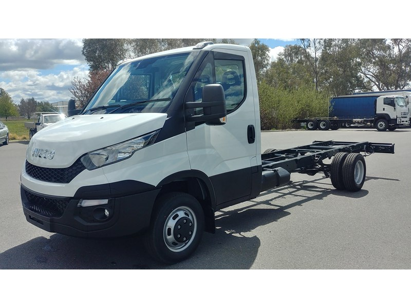 iveco daily 45c17a8 533527 006