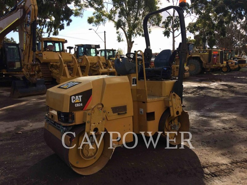 caterpillar cb24 469413 001