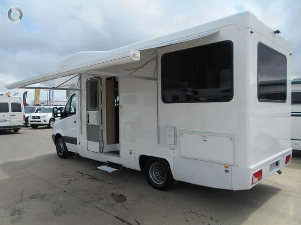 mercedes-benz platinum 4 berth beach 543538 009