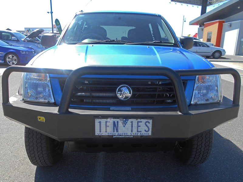 holden rodeo 543785 010