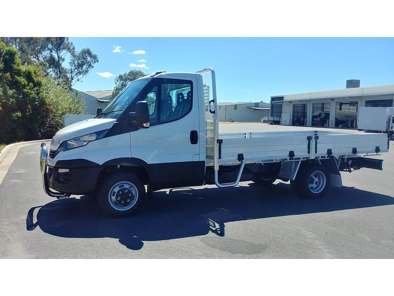 iveco daily 45c17a8 543863 004