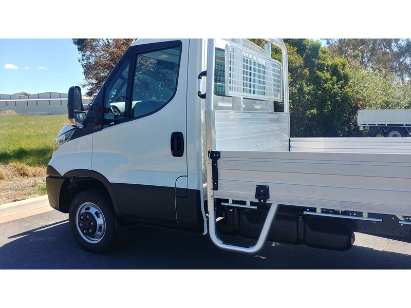iveco daily 45c17a8 543863 005