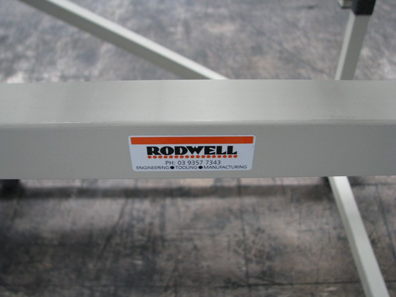 rodwell wide roller conveyor - 2m long 545733 004