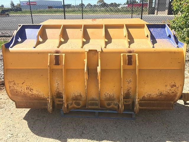 caterpillar 963d gp bucket 546992 007