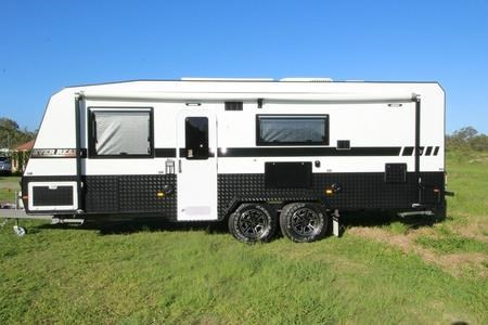 fortitude caravans ever ready family 548116 002