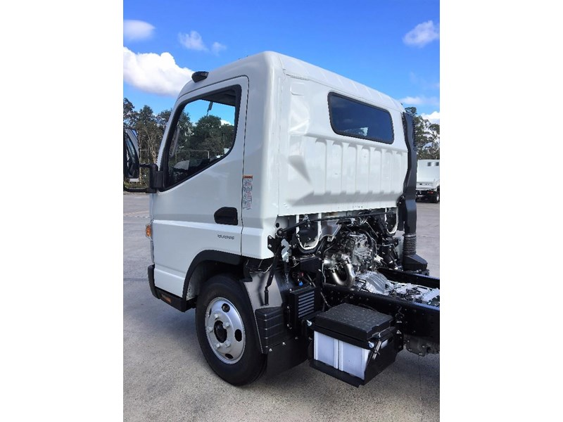 fuso canter 550040 007
