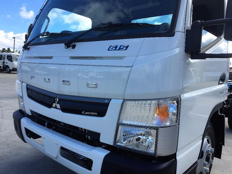 fuso canter 550041 008