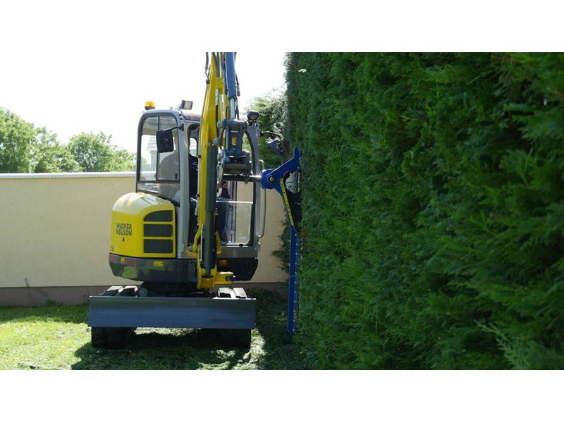 slanetrac hc-180 hedge cutter with hitch 550874 003