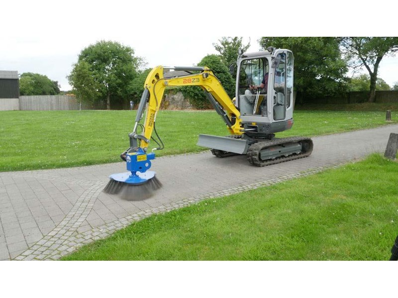 slanetrac rb80 sweeper with hitch 550890 006
