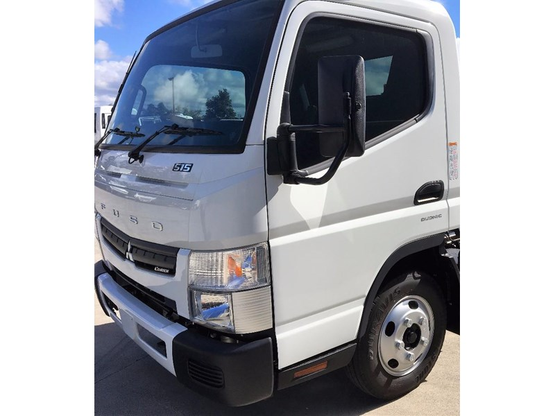 fuso canter 549882 004