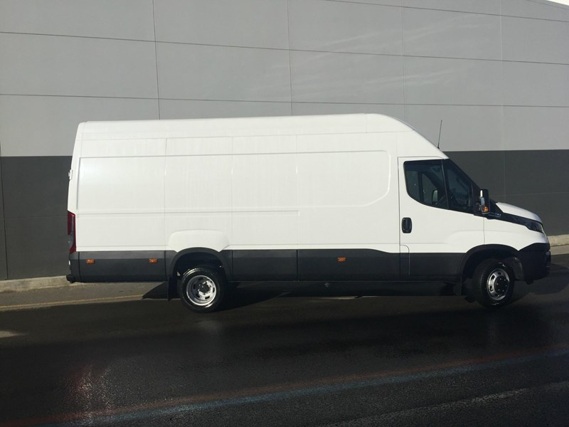 iveco daily 50c21 553045 004