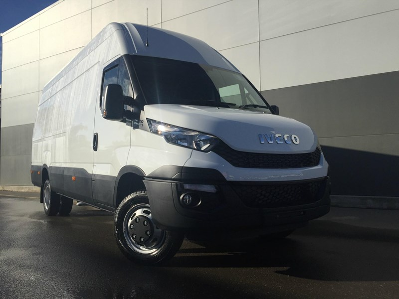iveco daily 50c21 553045 001
