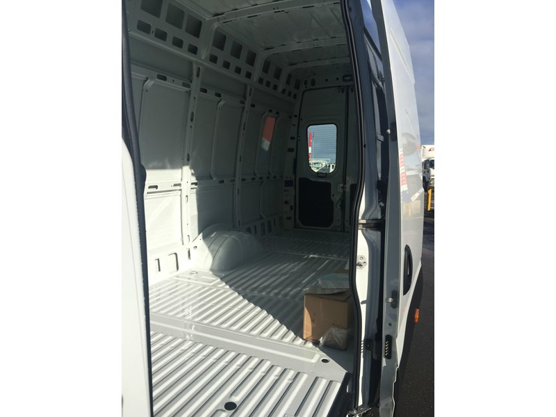 iveco daily 50c21 553045 011