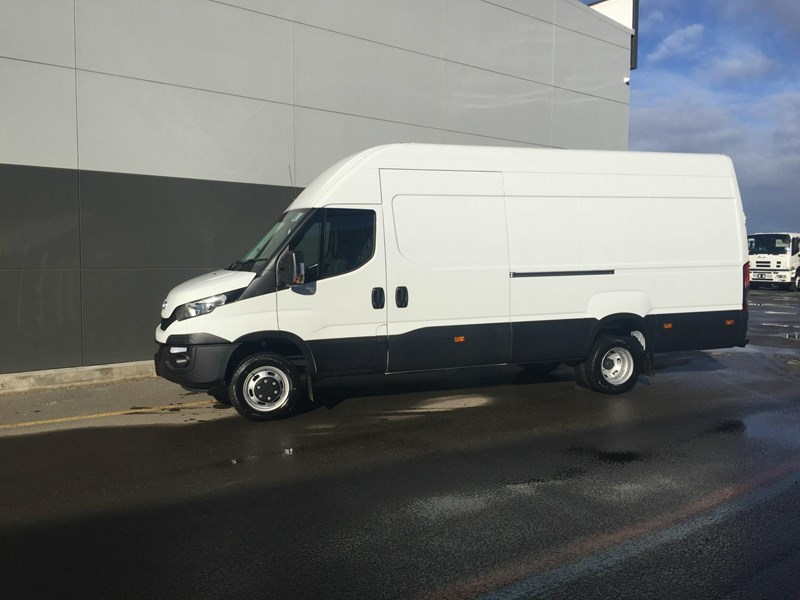 iveco daily 50c21 553045 012