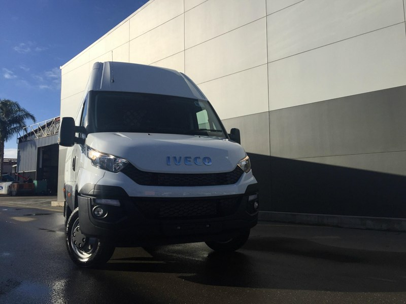 iveco daily 50c21 553045 002