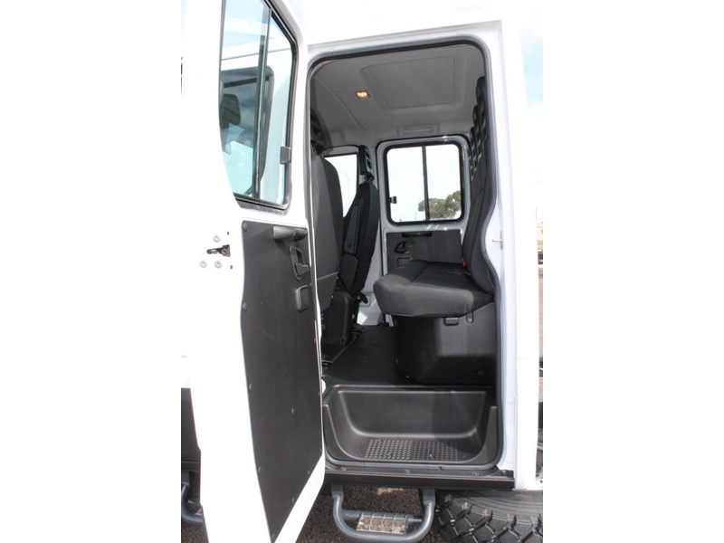 iveco daily 55 s17 553046 014